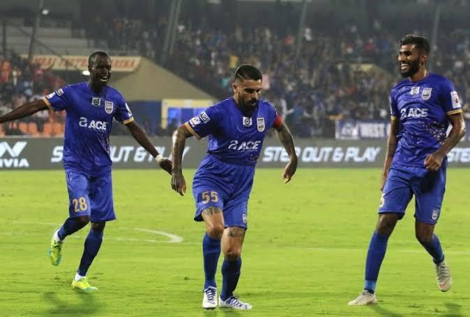 इंडियन सुपर लीग: मुंबई सिटी एफसी ने बेंगलुरु एफसी को 2-0 से दी मात
